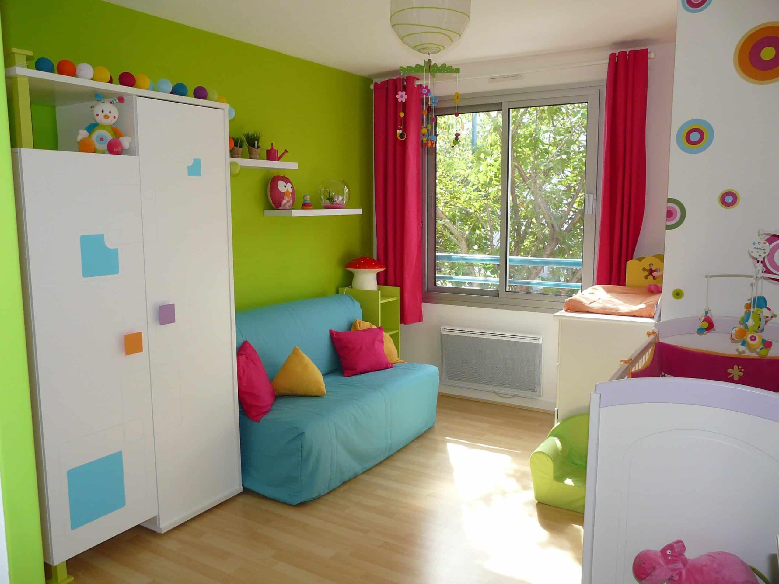Chambre bébé coloré - Modèle de tricot gratuit
